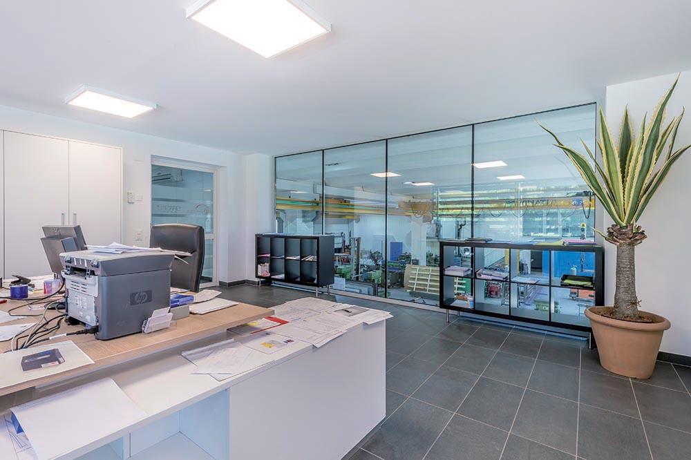 In Ufficio Tecnico : Curvotecnica ufficio tecnico